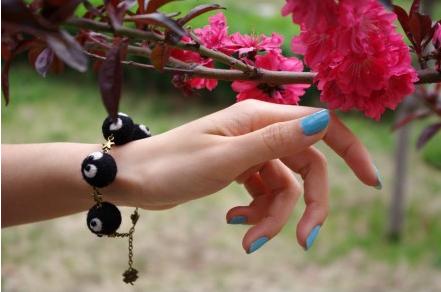 bracelet_boule_de_suie